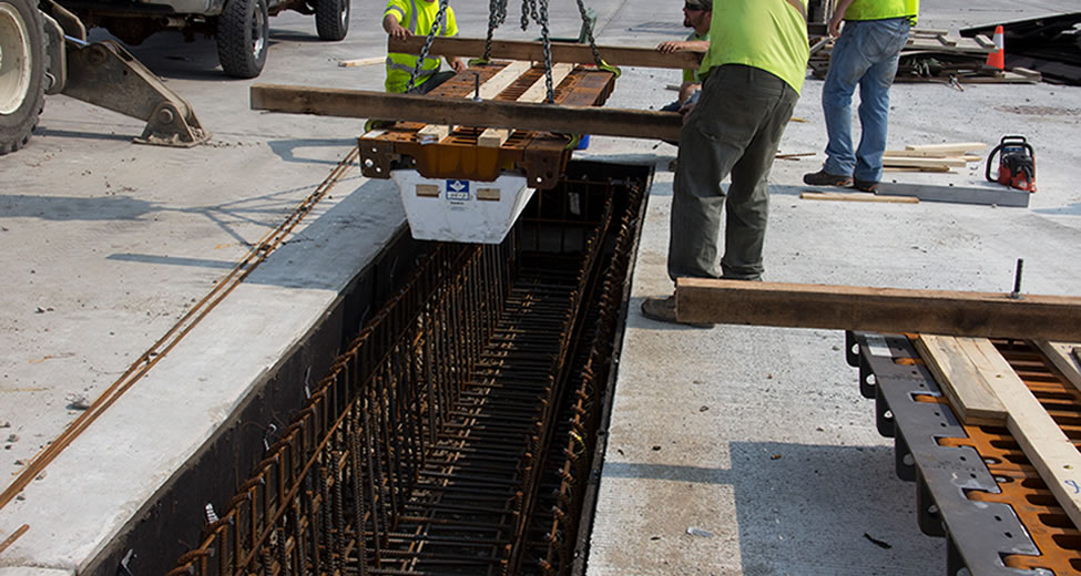hinged_trench_installation_ej_innovative_solution_1